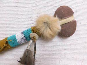 Fastening the Stone Tomahawk handle